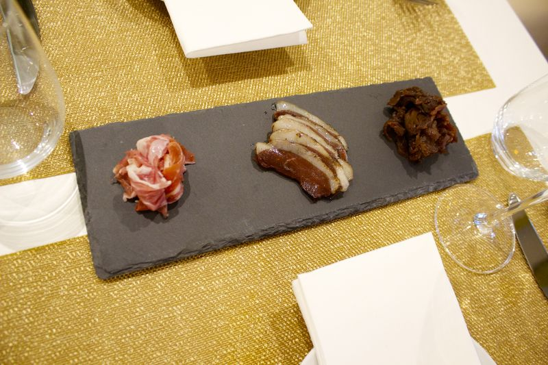 trio of proschutto pork, duck, kangaroo_resultado