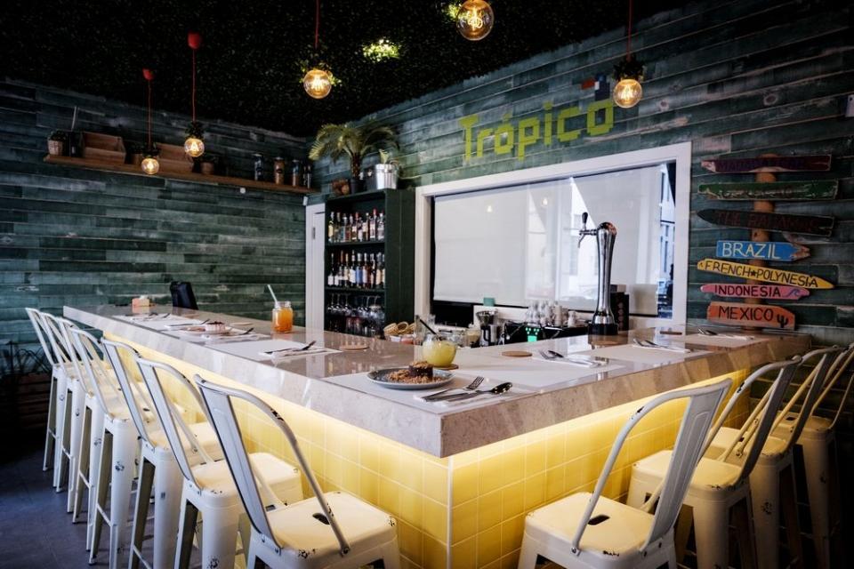 restaurante e bar Trópico do Cais